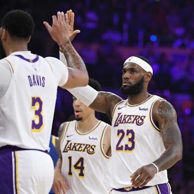 Vuelve la NBA con suspenso y ambiciones angelinas