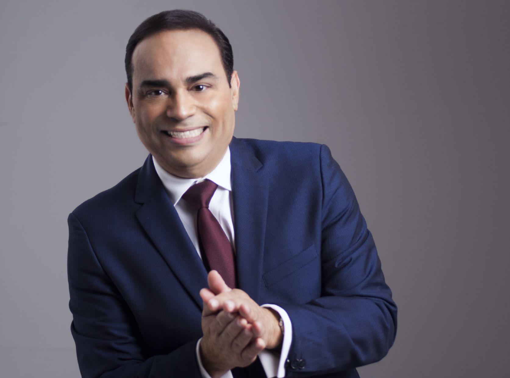 Gilbertito le cantará a Edgar Martínez