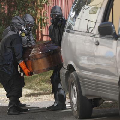 Bolivia: fabrican hornos crematorios móviles por la pandemia