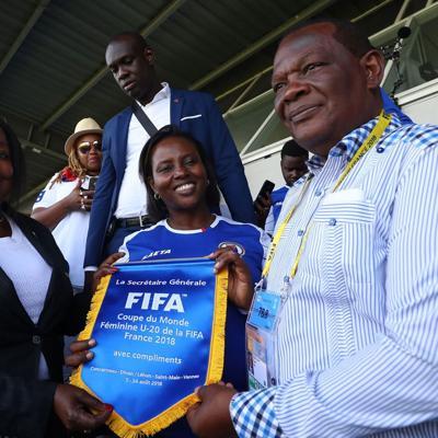 FIFA suspende a presidente del fútbol haitiano