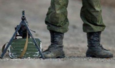Hombre engaña a ejército sueco haciéndose pasar por agente
