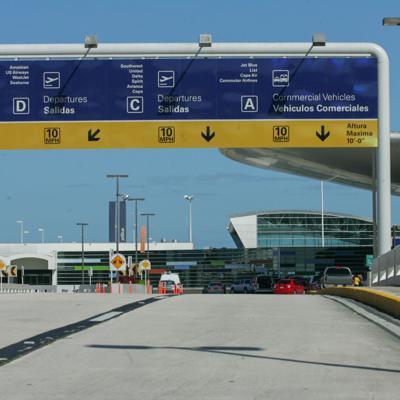 Desalojan aeropuerto Luis Muñoz Marín por maleta sospechosa