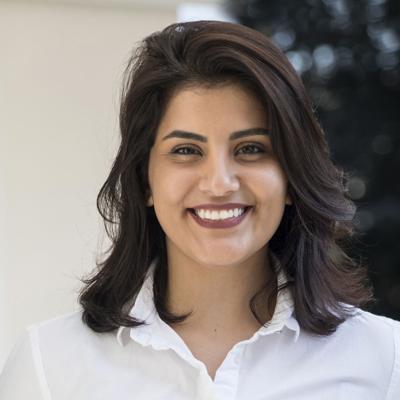 Arabia Saudí busca interrogar a activista de mujeres