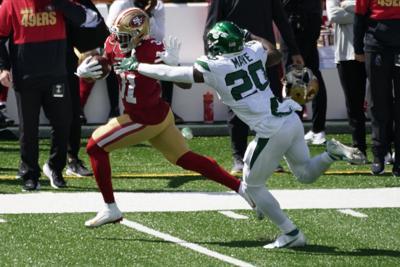 Agridulce victoria de los 49ers en la jornada dominical
