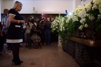 Gobernadora decreta un día de duelo por fallecimiento de Walter Mercado