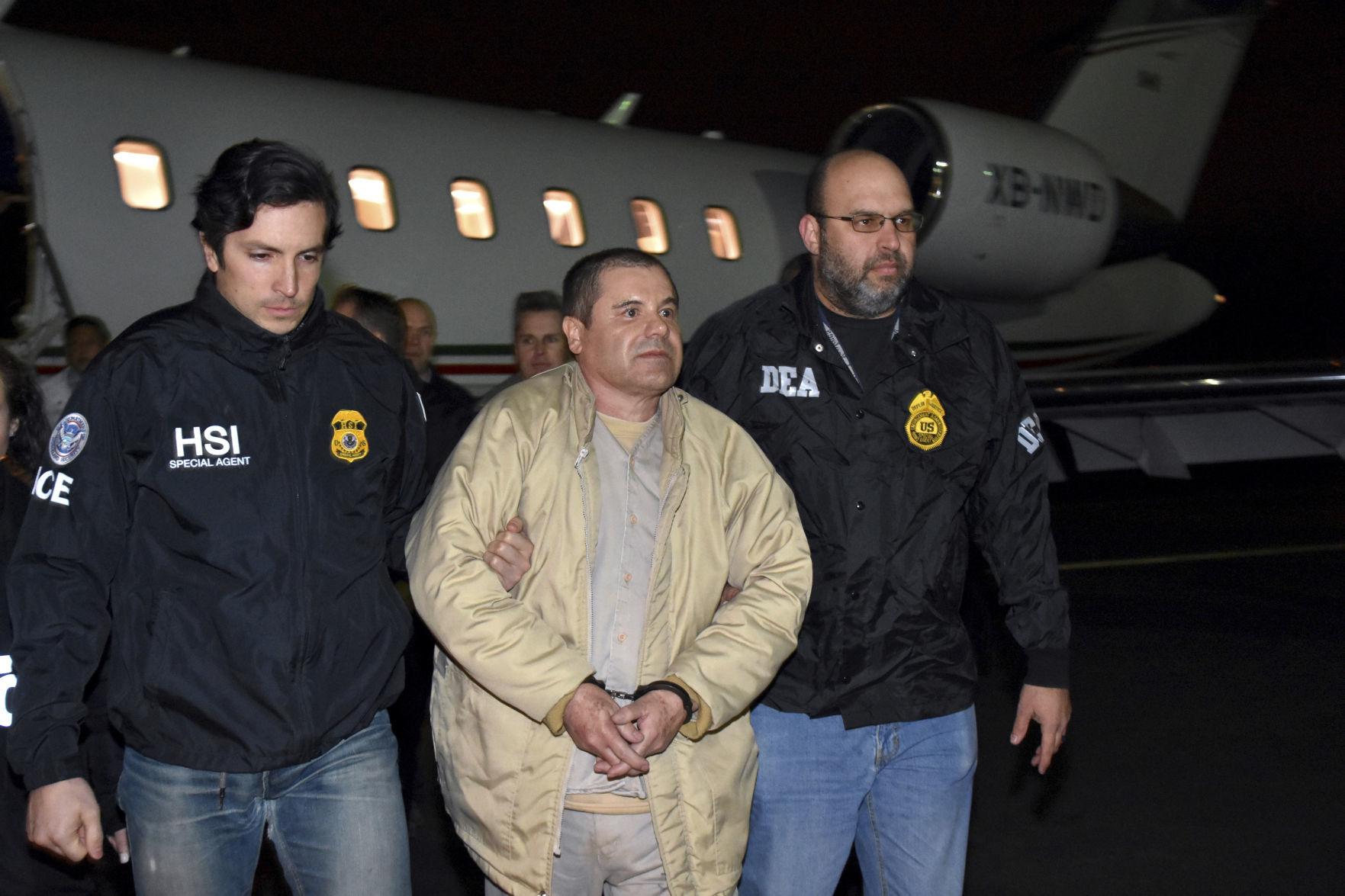 """Posponen sentencia de """"El Chapo"""""""