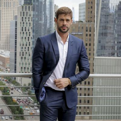 En control total William Levy