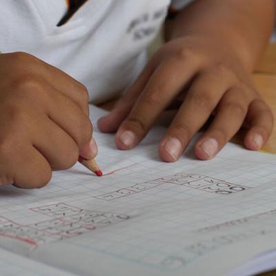 ONU: Cierre de escuelas por virus afecta a 1,000 millones de estudiantes