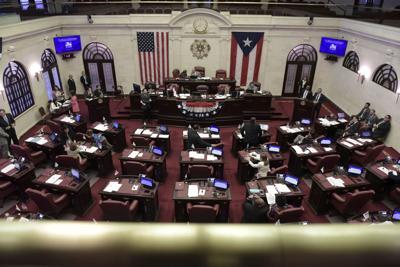 Suenan nombres para vacante en el Senado