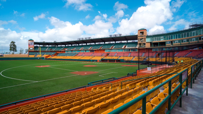 Estadio Roberto Clemente Walker