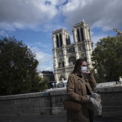 Hospitales en Francia retrasan cirugías por coronavirus
