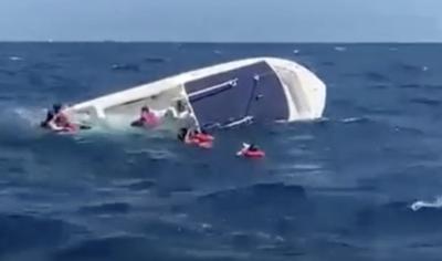 Naufraga una lancha de camino a Culebra y salvan a los tripulantes