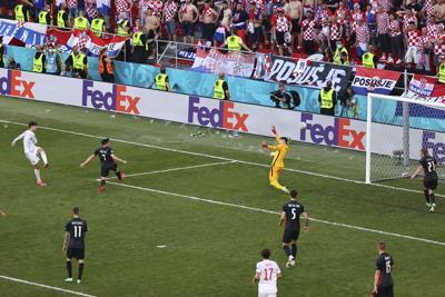 España derrota 5-3 a Croacia en el Campeonato Europeo