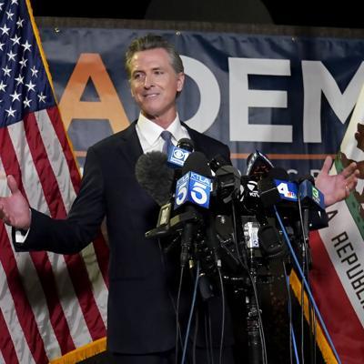 El gobernador de California supera el referendo revocatorio