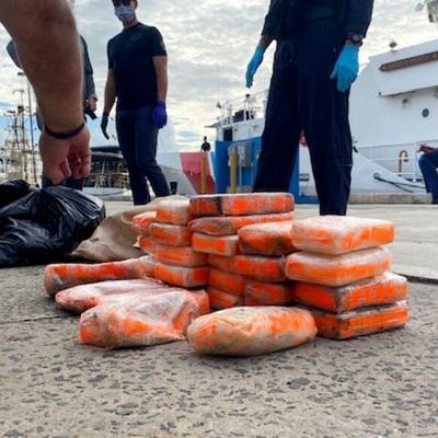 Detienen cuatro personas con cocaína en costas de Aguadilla