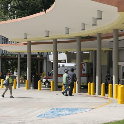 Operarán al padre de hermanos fallecidos en choque en Aguadilla