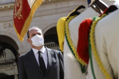 Demandan a primer ministro francés por manejo de pandemia
