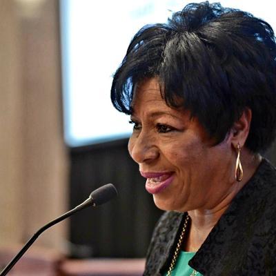 Senadora Nayda Venegas envía carta abierta en apoyo a la gobernadora