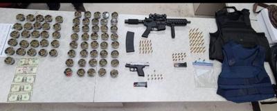 La Policía arresta a cuatro personas durante un allanamiento en Hatillo