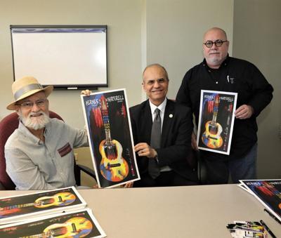 Premian artista gráfico de la UPR de Carolina