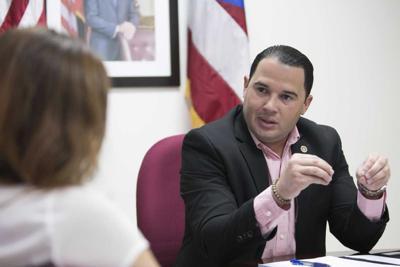 Con apoyo Jesús Vélez para ocupar vacantes en el Senado