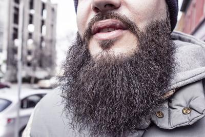 Barbas de hombres tendrían más gérmenes que un perro
