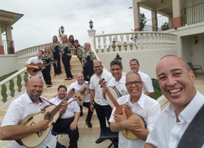 Fieles los Cantores de San Juan a nuestra Navidad