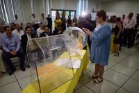 Presentan papeleta para elecciones especiales del PNP