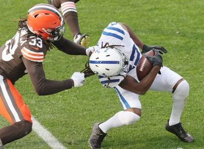 Browns vencen a Colts