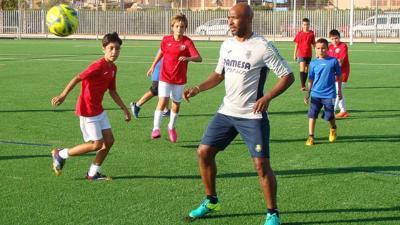 DRD anuncia clínicas de fútbol del equipo Villarreal FC