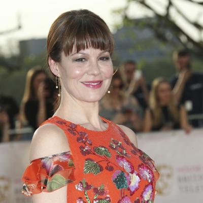 Muere la actriz Helen McCrory por cáncer a los 52 años