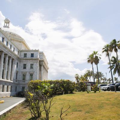 Aún sin revelar salarios de Superintendencia del Capitolio