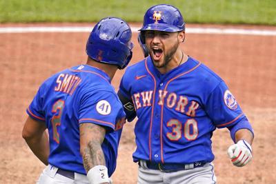 Jonrón de Conforto en la novena entrada le da triunfo a los Mets sobre los Piratas
