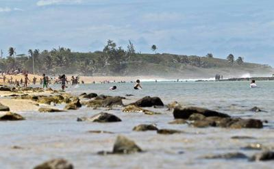 Niña muere ahogada en playa de Florida
