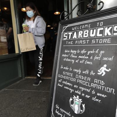 Starbucks exigirá mascarillas a clientes en Estados Unidos