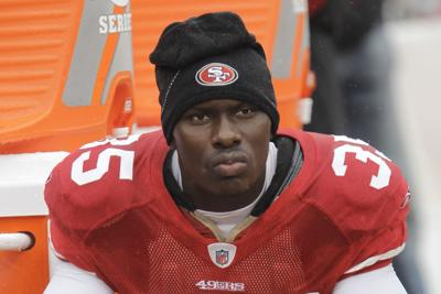 Exjugador de la NFL mata a cinco personas