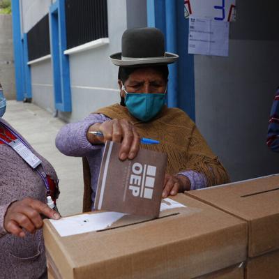Oposición se fortalece en comicios regionales de Bolivia