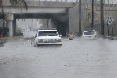 Bajo advertencia de inundaciones tres municipios de la Isla