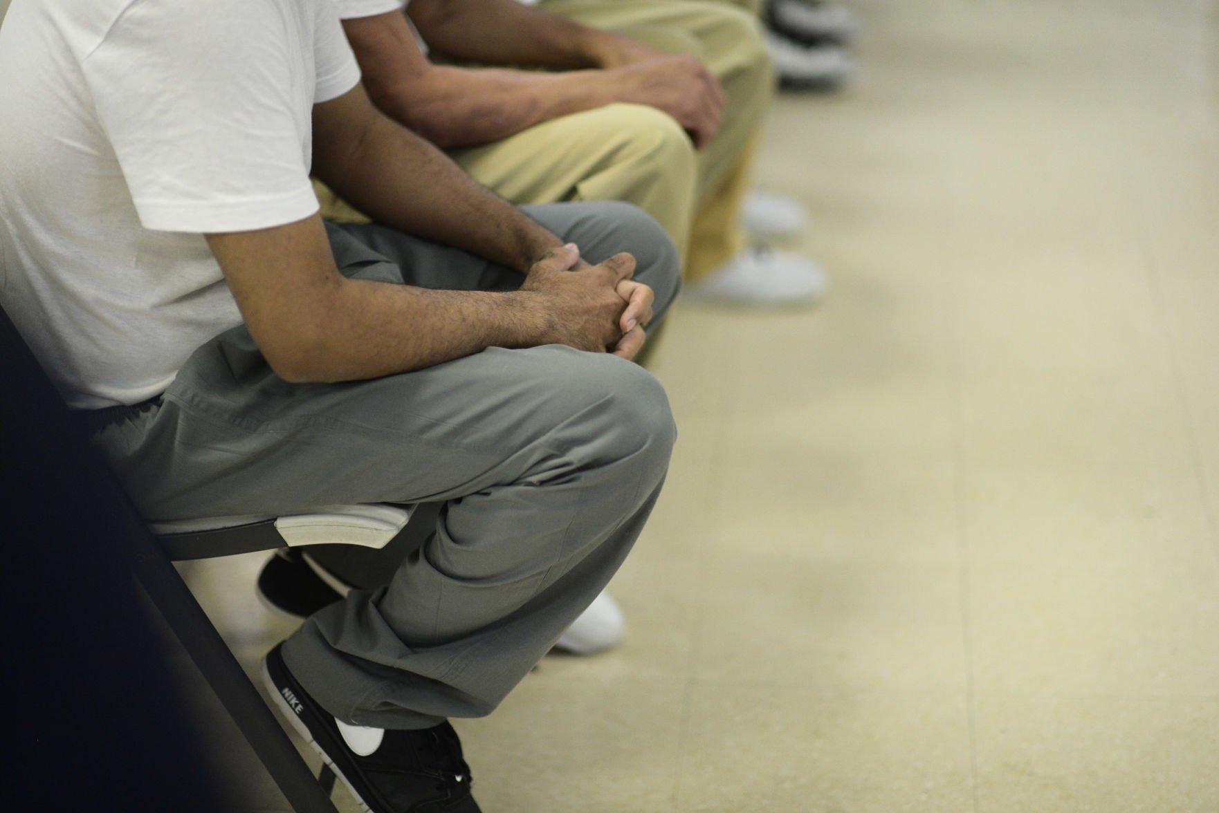 200 confinados se tratan contra la adicción