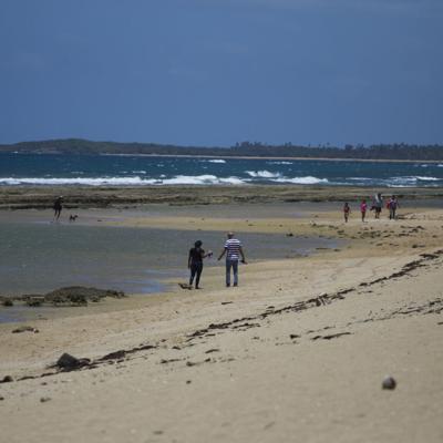 Riesgo bajo a moderado de corrientes marinas en playas de la Isla
