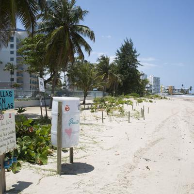 Playas vacías marcan una Semana Santa diferente