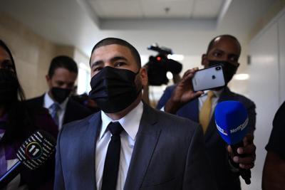 Suspenden la vista de orden de protección contra Juanma López por problemas técnicos
