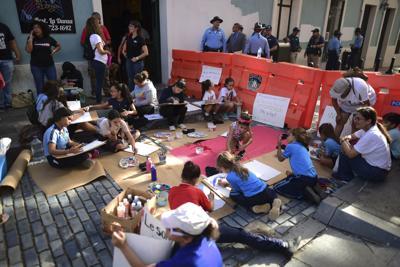 Protestan en Fortaleza las Montessori
