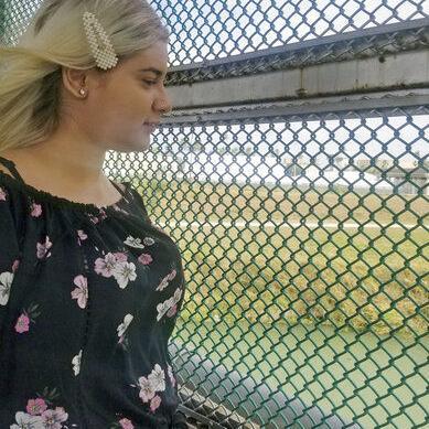 EEUU envía a adolescente venezolana a esperar sola en México