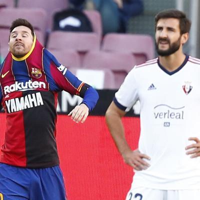 Messi recuerda a Maradona con gol y dedicatoria
