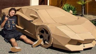 Venden un Lamborghini hecho de cartón por $10,420