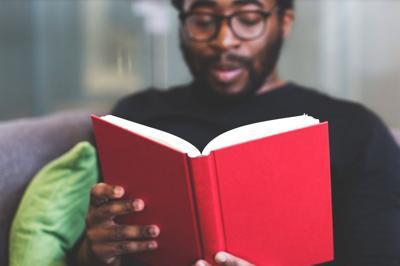 Construir una sociedad lectora debería ser política de Estado