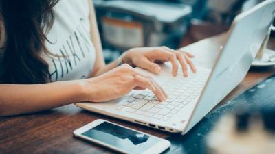 Lanzan primera competencia virtual para educadores