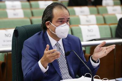 Favorecen informe parcial contra presidente del NEPR