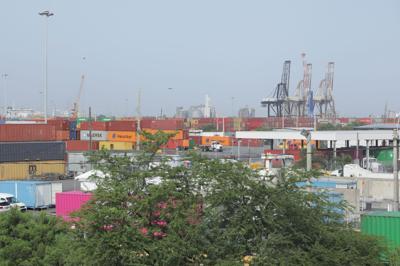 No avanzan las negociaciones entre la empresa Luis Ayala Colón y la Unión ILA por conflicto en los muelles